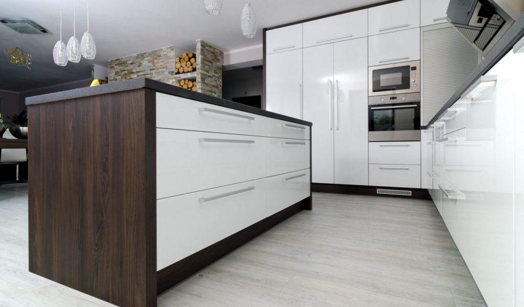 Kuchyna Lamont Glanz biela Synchropor1